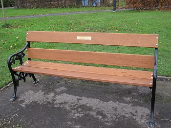 Les and Betty Pye's bench